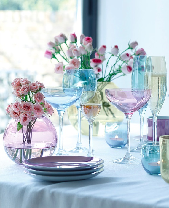 How to set your Easter table