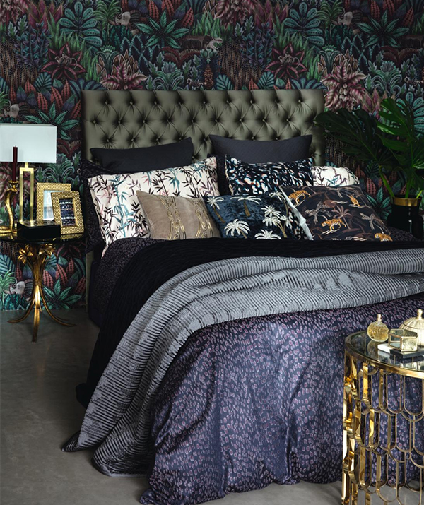 Trending: dark tropical interiors