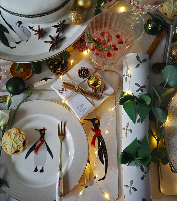 Christmas table setting trends