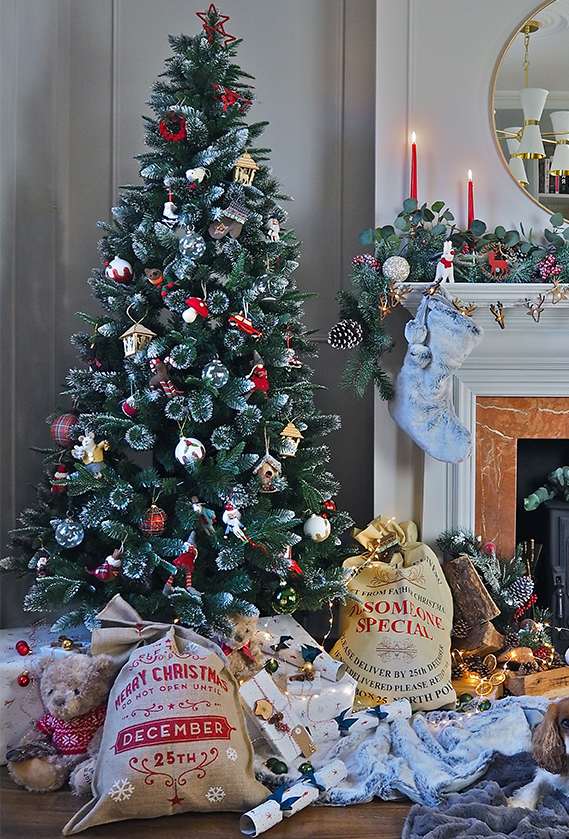 Traditional Christmas.Top Christmas Decorations Trends House Of Fraser