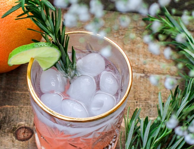 3 gin cocktails to try this holiday season